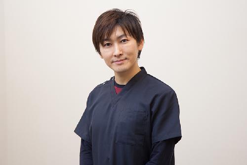 院長 石田 潤三